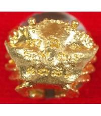 ปูหนีบทรัพย์จับตะวัน หลวงปู่นิ่ม วัดพุทธมงคล เนื้อทองทิพย์ (ฝาบาตร)