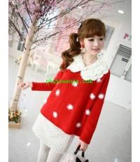 เ้สื้อกันหนาวแสนสวยสีแดง แต่งขนปุกปุยสีขาวแสนน่ารัก คอกลม เนื้อผ้า cotton แฟชั่นนำเข้าจากเกาหลี สำหร