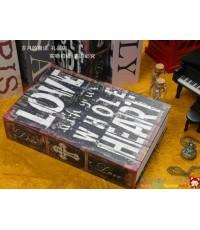 ตู้เซฟหนังสือ ลาย Love