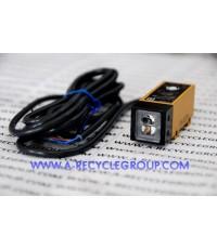 Photoelectric switch Omron รุ่น E3S-VS1E4 ระยะจับ 1.2cm (สินค้าใหม่)