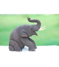 ช้างนั่งชูงวงนั่งพับขา