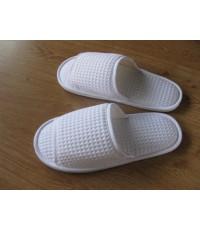 รองเท้าผ้าวัฟเฟอร์ สีขาว