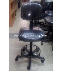 เก้าอี้บาร์ รุ่น 607  ขาเป็นเหล็ก