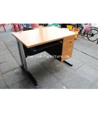 โต๊ะคอมพิวเตอร์ โต๊ะทำงาน 100 cm ขาเหล็กปั๊มเงา