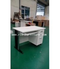 โต๊ะคอมพิวเตอร์ 120 cm ขาเหล็กปั๊มเงา รุ่นลิ้นชักใหญ่