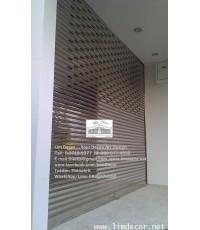 ประตูม้วนสแตนเลส พร้อมรีโมท+ประกัน 1 ปี  LD–A49   Stainless Steel Shutter Gate with Remote Control,