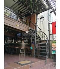 LD–B1136 บันไดวนเหล็กดัดอิตาลีพื้นเหล็ก ร้านอาหารอิตาลี สุขุมวิท15 Wrought Iron Spiral Staircase wit