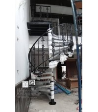 LD–B1289 บันไดวนเหล็กดัดอิตาลีพื้นไม้ระแนง กรุงเทพฯ Wrought Iron Steel Winder Railing + Lath Wood