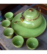กาน้ำชา สีเขียว