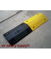 ยางชลอความเร็ว ขนาด 30x50x5.5 cm สีดำและสีเหลือง