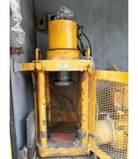 ซ่อมเครื่องทดสอบแรงกดคอนกรีต  150 T