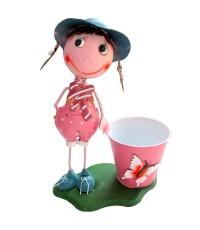 arm050 เด็กหญิง ชุดเอี้ยมสีชมพู ถืออมยิ้มน่ารัก