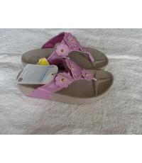 รองเท้า Fitflop  Fiorella มาใหม่ค่ะ สีชมพู่อมม่วง พื้นสีน้ำตาลอ่อน ขนาด 36-40
