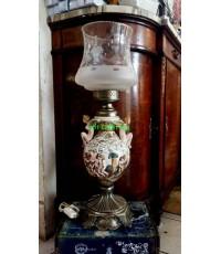 โคมไฟตั้งโต๊ะทรงตะเกียง  งาน อิตาลี