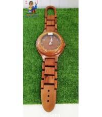 นาฬิกาไม้แขนนผนัง