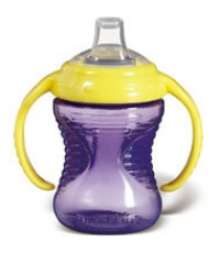 MNK 40027:Mighty Grip 8oz Trainer Cup