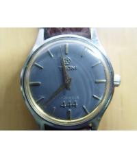 นาฬิกา TITONI 444 Airmaster หน้าดำ ระบบไขลาน Swiss Made ใช้งานได้ปกติ