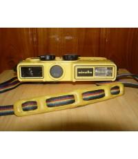 Minolta Weathermatic กล้องฟิล์มถ่ายรูปโบราณ กันน้ำ