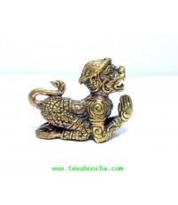 หนุมานถวายแหวน ป้องกันภัยเรียกลาภและมหาอำนาจ:เนื้อทองเหลือง สูง 1.8 ซม.ฐาน 2 ซม.