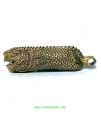 ปลัดขิกปลาชะโดปากอ้าเนื้อทองเหลือง ขนาดความยาว 4.5ซม.รวมห่วงร้อยลำตัว 1 ซม.