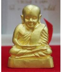 รูปหล่อหลวงพ่อเงิน วัดบางคลาน ปี2545 รุ่น แบ่งบุญหนุนการศึกษา เนื้อทองคำ สภาพสวยพร้อมกล่องเดิมๆ นิยม