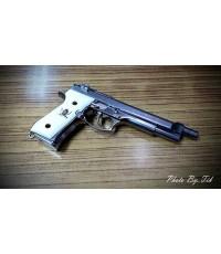 ปืนอัดลม (ปืนระบบแก๊ส) รุ่น M92 Silver พลายชาติ  ของ WE สไลด์เหล็ก