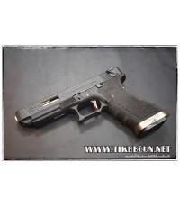 ปืนสั้นระบบแก๊สโบลว์แบล็ค รุ่น G35 T1 WE สีดำ สไลด์แต่งสีดำ ท่อสีทอง