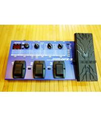 ZOOM GFX-3 มัลติกีต้าร์ รุ่นอัพเกรดของ GFX-1 มี pedal ในตัว user=60,factory=50 พร้อมอะแด๊ปเตอร์