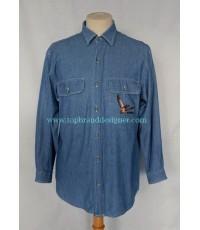 เสื้อผ้าแชมเบรย์ Schon Italy Made Light Blue Chambray Men Used Designer Shirt S