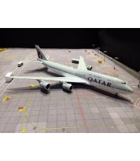 JC WINGS 1:200 Qatar Amiri 747-8 A7-HHE XX2490