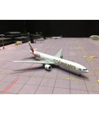 HERPA WINGS 1:500 Emirates 777-300ER A6-EPS HW530880