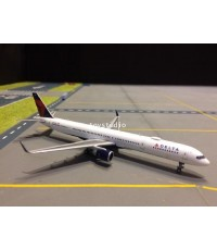 GEMINI JETS 1:400 Delta 757-300W N581NW GJDAL1739