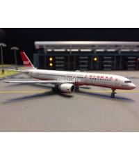 JC WINGS 1:400 Far Eastern Air Transport 757-200 B-27017 EW4752003