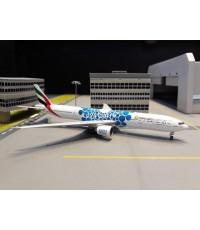 GEMINI JETS 1:400 Emirates 777-300ER A6-EPK (Blue Expo) GJ1834