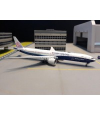 AVIATION 1:400 China 777-300ER B-18007 AV4039