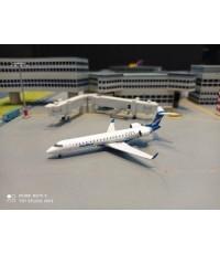 GJ1265 1:400 SkyWest CRJ700 N604SK [Width 6 Length 8 Height 2 cms.]