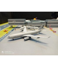 GM105 1:400 French Air Force A330 MRTT Voyager F-UJCH [Width 15 Length 15.6 Height 3.5 cms.]