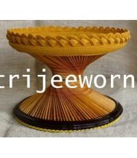 ขาบาตร ไม้ไผ่สีสุกLight Colored Coconut Wood Alms Bowl Stand