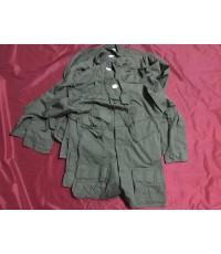 เสื้อกระเป๋าเฉียง ยุคสงครามเวียดนาม