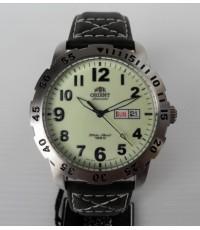 นาฬิกาโอเรี้ยน ORIENT Mens Automatic Ref. FEM7A004R9 ดำน้ำ 100 เมตร