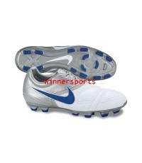 รองเท้าฟุตบอล Nike 366237-141 CTR