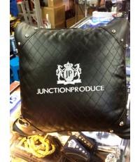 หมอนอิง VIP Junction Produce หนังสีดำ 1 ใบ ลายใหม่