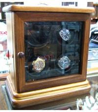 กล่องหมุนนาฬิกา 4หลุม ระบบไฟ 3v ระบบหมุน 5นาทีหยุดพัก 30 นาที reverse กลับทางสลับไปเรื่อยๆ  control