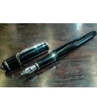ปากกาหมึกซึม cartier stylo plume diabolo ปากทองขาว 18k (750) ตัวด้ามอครีลิคดำแข็งประดับชุดเหน็บเคลือ