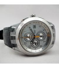 SWATCH SWISS automatic chronograph ขนาด 45mm หน้าปัดสีเงินลายเส้นสลับลายเงา บอกวันที่ตำแหน่ง 3 นาฬิก