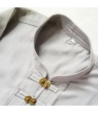 เสื้อผ้าฝ้าย แขนยาว ผ้าพื้นเมือง ประดับด้วยกระดุมทองเหลือง ทอมือ