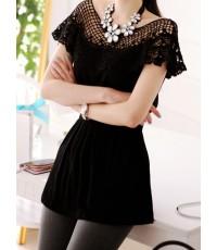 (พร้อมส่ง) Cherry Koko เสื้อสีดำ ช่วงบนเป็นผ้าถักโครเชต์ สม็อคช่วงเอว ผ้าเนื้อนุ่ม ใส่สบายค่ะ