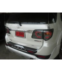 โคมไฟท้ายLED Fortuner 2012 Light Bar(BMW Style)