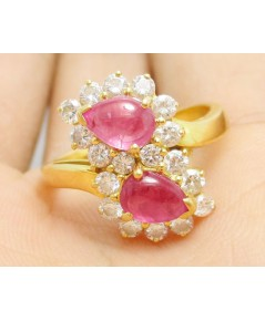 แหวน หัวบัวไขว้ ทับทิม พม่าหลังเบี้ย ล้อมเพชร 18 เม็ด 0.80 กะรัต ทอง90 งานสวยมาก นน. 5.05 g