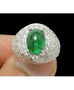 แหวน มรกต หลังเบี้ย 1.50 กะรัต เพชร 66 เม็ด 1.00 กะรัต ทอง90 ชุบขาว งานสวยมาก นน. 5.00 g